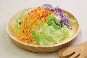 家族の会話が増える野菜がおいしいサラダ